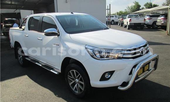 Acheter Importé Voiture Toyota Hilux Blanc à Gisenyi, Gisenyi