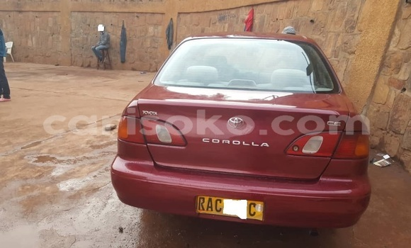 Gura Yakoze Toyota Corolla Red Imodoka i Kigali mu Rwanda
