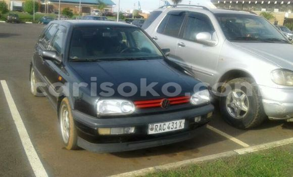 Buy Used Volkswagen Golf Black Car in Gicumbi in Rwanda