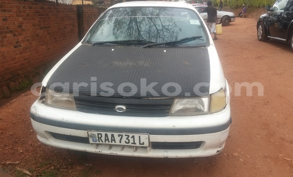 Acheter Occasion Voiture Toyota Corsa Blanc à Kigali au Rwanda