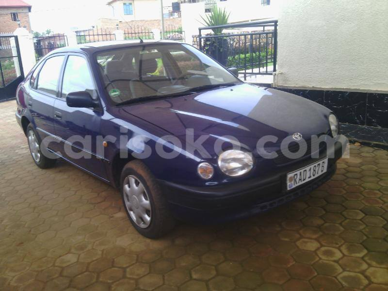 Big with watermark lloyd 5.7m 0788820020 170k 1998 auto