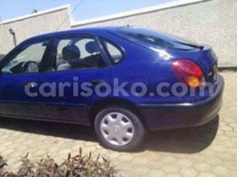 Big with watermark lloyd 5.7m 0788820020 170k 1998 auto 2