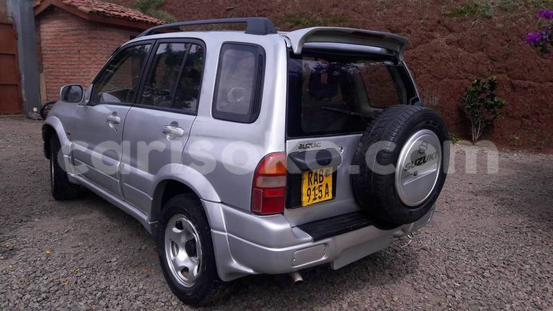 Big with watermark roberto grand vitara 0788308912 2001 6 500 000 negotiable 3