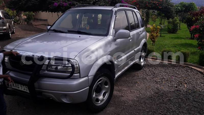 Big with watermark roberto grand vitara 0788308912 2001 6 500 000 negotiable 2