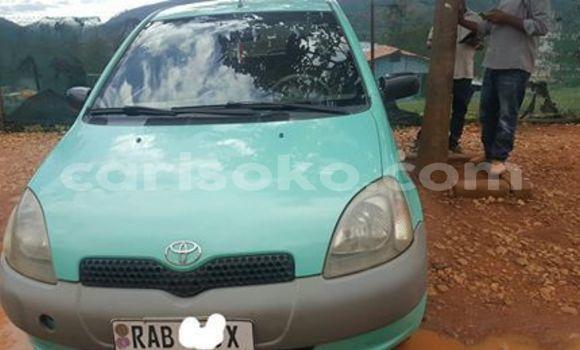 Acheter Occasion Voiture Toyota Yaris Vert à Kigali, Rwanda