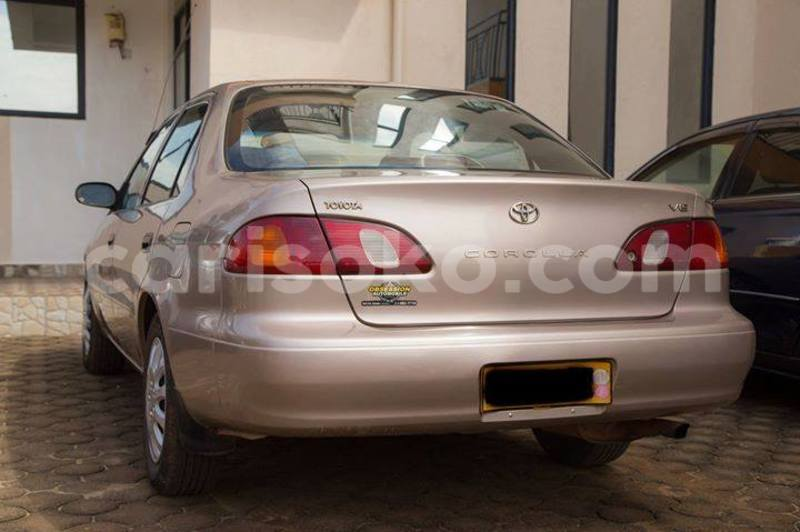 Big with watermark corolla 2001 pauline b 0781931663 5000usd 150k auto 2