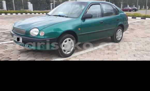 Acheter Neuf Voiture Toyota Corolla Vert à Kigali, Rwanda