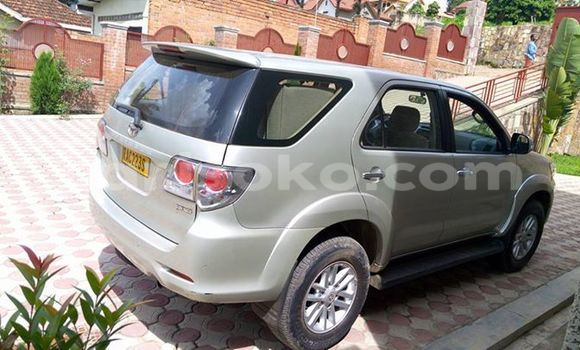 Buy Used Toyota Fortuner Silver Car in Gicumbi in Rwanda