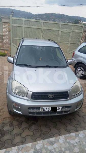 Big with watermark rav4 2000 justine 0788762781 6 000 000 manual nyamata