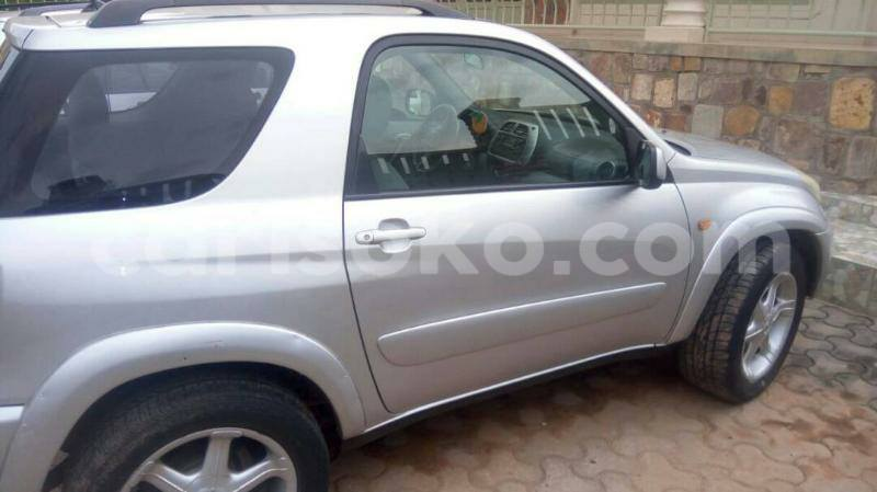 Big with watermark rav4 2000 justine 0788762781 6 000 000 manual nyamata 2 2