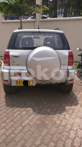 Big with watermark rav4 2000 justine 0788762781 6 000 000 manual nyamata 2