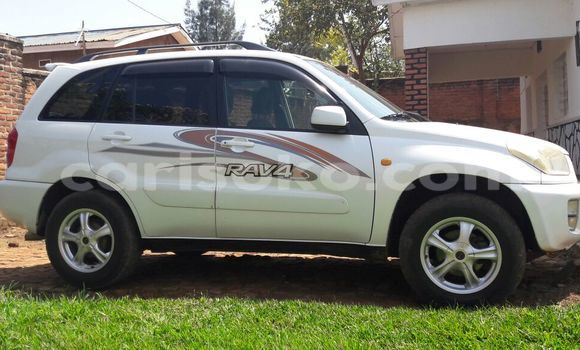 Acheter Neuf Voiture Toyota RAV4 Blanc à Kigali au Rwanda