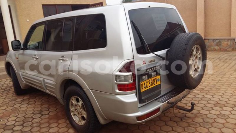 Big with watermark christian 0788358076 9m 186k pajero 2000 2
