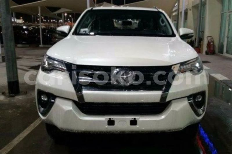 Big with watermark uhcar deal ltd fortuner 2017 0k 49m 250785026788
