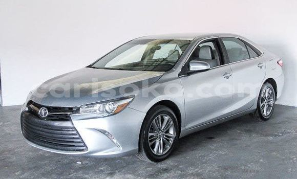 Medium with watermark 2016 toyota camry pic 4371976213343714895 1024x768