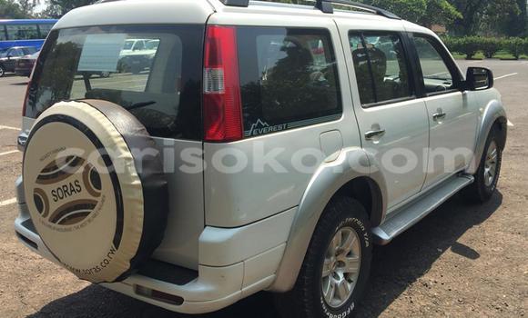 Acheter Occasion Voiture Ford Club Wagon Noir à Kigali au Rwanda