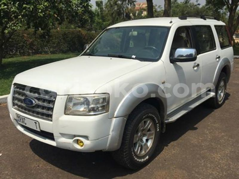 Big with watermark c49029a7b64f ford everest 2008 10.8m1