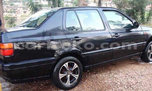 Acheter Occasion Voiture Volkswagen Sharan Noir à Kigali au Rwanda