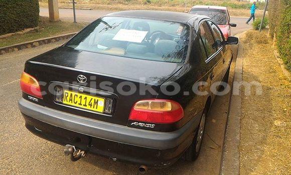 Acheter Occasion Voiture Toyota Avensis Noir à Gicumbi au Rwanda