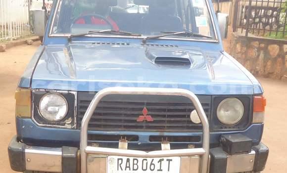 Buy Used Mitsubishi Pajero Blue Car in Kigali in Rwanda