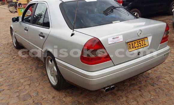 Acheter Occasion Voiture Mercedes‒Benz C-Class Gris à Gicumbi au Rwanda
