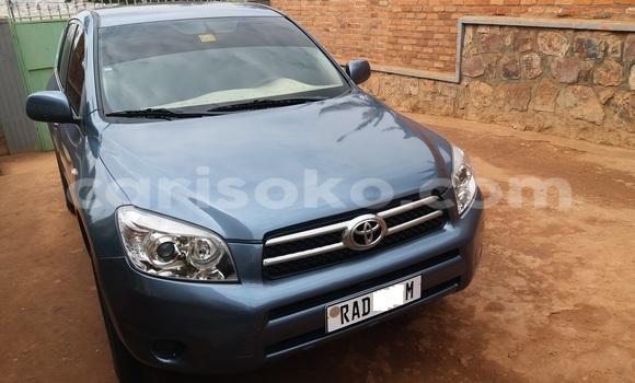 Acheter Occasion Voiture Toyota RAV4 Bleu à Kigali au Rwanda