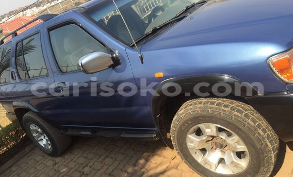 Buy Used Nissan Pathfinder Blue Car in Gicumbi in Rwanda