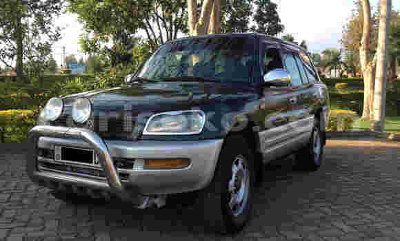 Acheter Occasion Voiture Toyota RAV4 Noir à Musanze au Rwanda