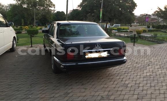 Acheter Occasion Voiture Mercedes‒Benz 300-Series Noir à Kigali au Rwanda