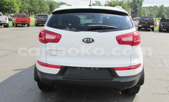 Buy Used Kia Sportage White Car in Gicumbi in Rwanda
