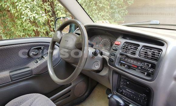 Acheter Occasion Voiture Suzuki XL7 Vert à Kigali au Rwanda