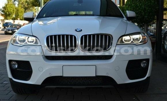 Acheter Occasions Voiture BMW X6 Blanc à Kigali au Rwanda