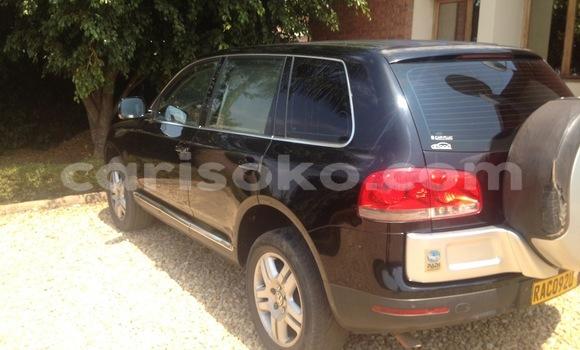 Acheter Occasion Voiture Volkswagen Touareg Noir à Gicumbi au Rwanda