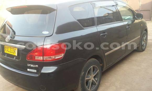 Acheter Occasion Voiture Toyota Ipsum Noir à Kigali au Rwanda