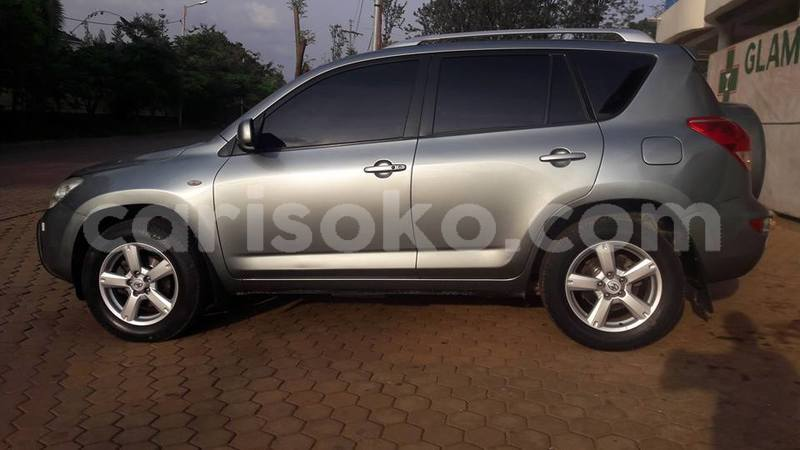 Big with watermark rav4 2007 auto negotiable 0788307109 juvens muyoboke