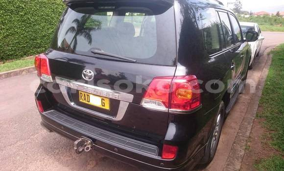 Acheter Occasions Voiture Toyota Land Cruiser Prado Noir à Kigali au Rwanda