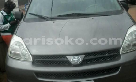 Acheter Occasion Voiture Toyota Sienna Autre à Kigali au Rwanda