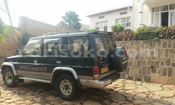 Acheter Occasion Voiture Toyota Prado Noir à Kigali au Rwanda