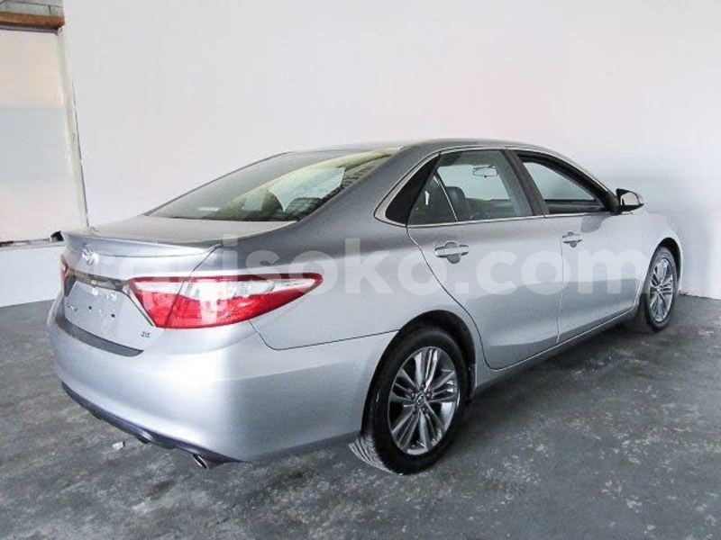 Big with watermark 2016 toyota camry pic 1388031139844850126 1024x768