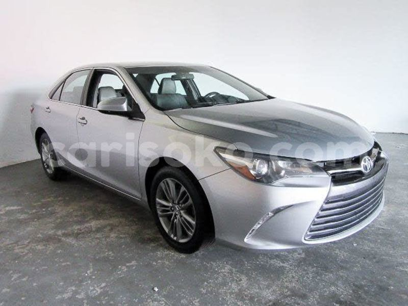 Big with watermark 2016 toyota camry pic 8671306400548783264 1024x768