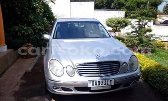 Acheter Occasion Voiture Mercedes‒Benz E-Class Gris à Kigali au Rwanda