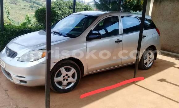 Acheter Occasion Voiture Toyota Matrix Gris à Kigali, Rwanda