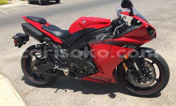 Buy Used Yamaha R1 Red Bike in Gasarenda in Rwanda