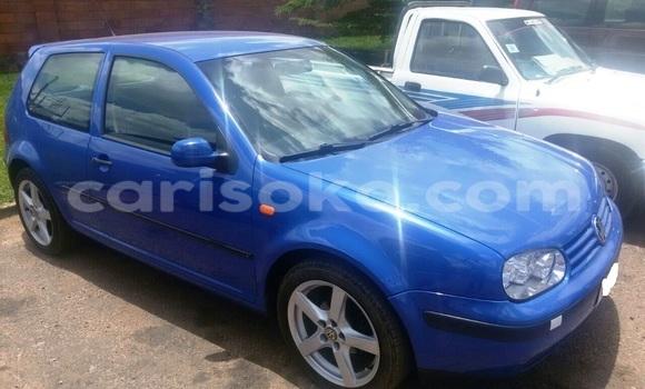 Acheter Occasions Voiture Volkswagen Golf Bleu à Kigali au Rwanda