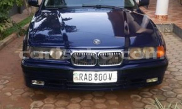 Buy Used BMW 3–Series Blue Car in Kigali in Rwanda
