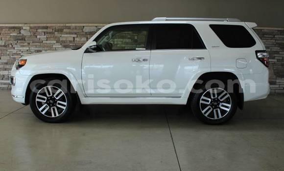 Buy Used Toyota 4Runner White Car in Kigali in Rwanda