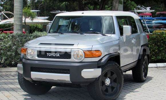 Buy Used Toyota FJ Cruiser Silver Car in Gasarenda in Rwanda