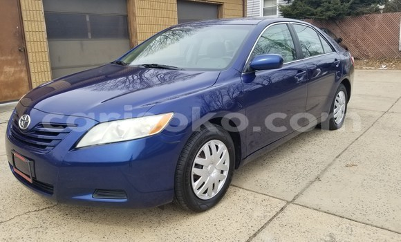 Buy Used Toyota Camry Blue Car in Gasarenda in Rwanda
