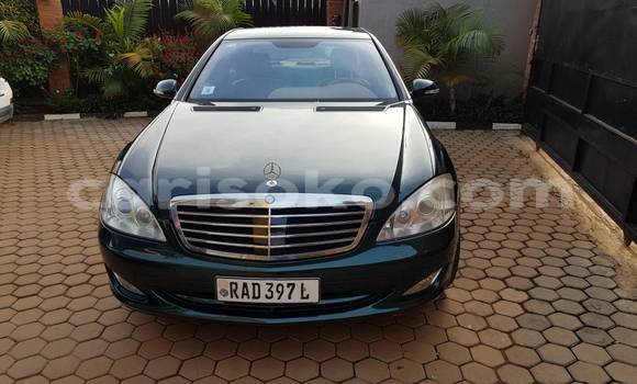 Buy Used Mercedes-Benz S–Class Green Car in Kigali in Rwanda