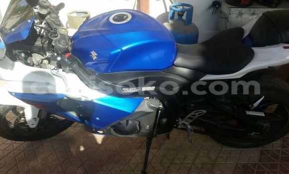 Acheter Occasion Moto Suzuki GSX-R Noir à Nyanza au Rwanda